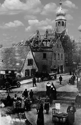 Altes Rathaus und kath.Kirche