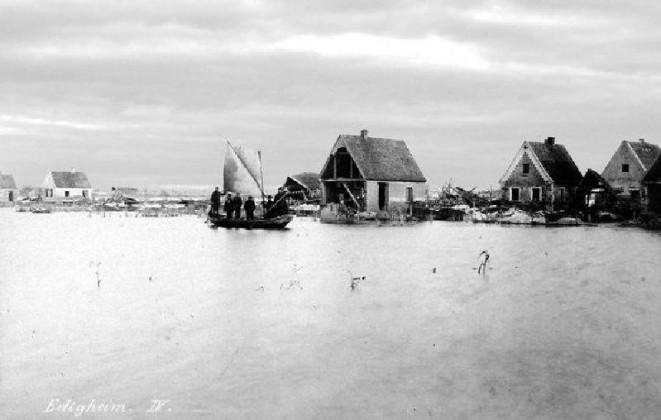 Die Häuser waren nur mit Booten erreichbar.
