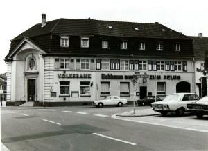 Oppau 1977. Gasthaus zum Pflug. Verkauf an Dresdner Bank.