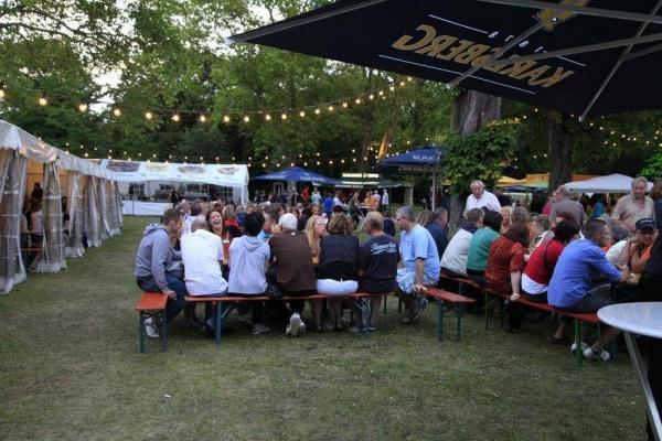 Oppau 17.6.2012 Gut-Fang Fischerfest im Oppauer Park. Sonntagsfrühschoppen.