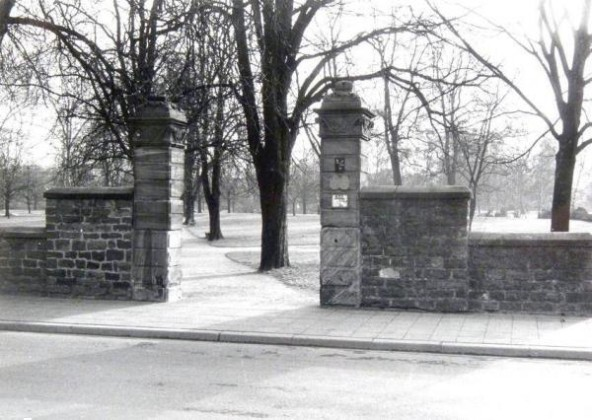 Oppau 1964, Parkeingang ohne Tor