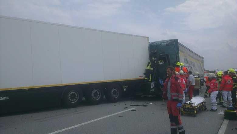 LKW-Unfall auf A61