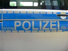 Polizei überprüft die Fahradfahrer auf Alkoholkonsum (Symbolbild)