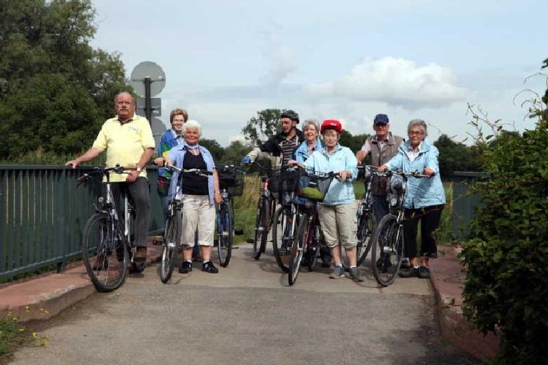 PWV-Radfahrergruppe an der Bocksbrücke