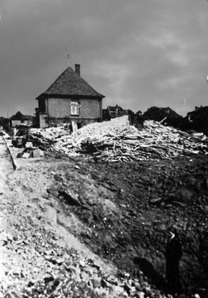 Oppau 1944 Anwesen Paul Böhn, Au-Strasse