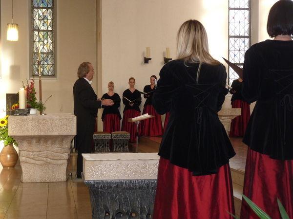 Oppau 9.10.2011 Kirchenkonzert mit Frieder Bernius und dem Stuttgarter Kammerchor.