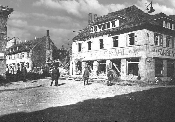 Oppau 1943 Drogerie Kahl. Edigheimer-/Industrie-Str ( Bgm-Trupp-Str).