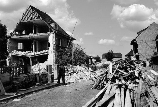 Oppau 3.9.1944 Liebigstr. 4 und 6, (Franz-Lappe-Str.)