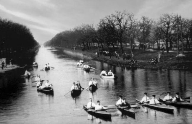 Kanuclub auf Kanalausflug