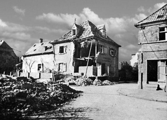 Oppau 1944 Bäckerei Abraham Strickler, Gabelsberger- /Max-Str.(Schinkel-Str.)