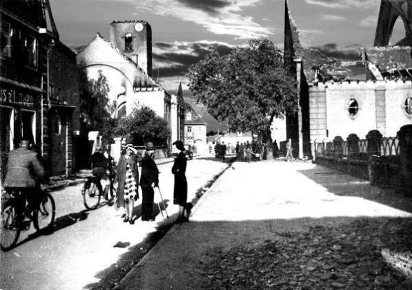 Oppau 1943 Beide Kirchen ausgebrannt