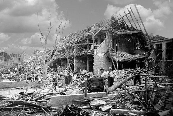 Oppau 12.1.1942 Im Biet.