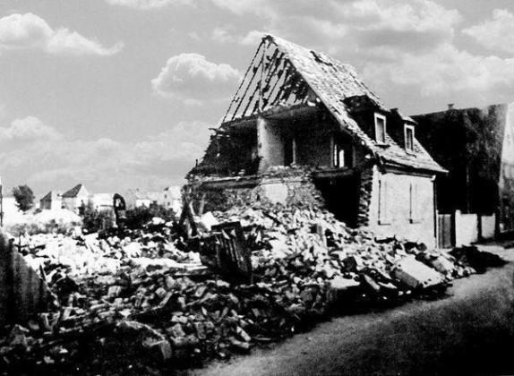 Oppau 1941. Friedhof-Str. (K-O-Braun-Str.) 6 und 8