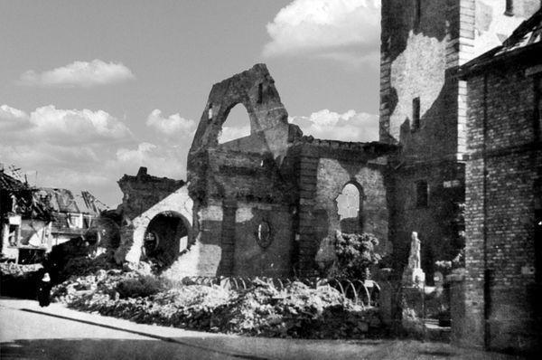 Oppau 1945 Kath. Kirche