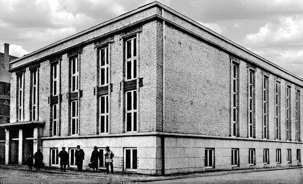 LO: Oppau 16.12.1928 Ratskeller. Edigheimer-/ Bismarck-Str (August-Bebel-Str).
