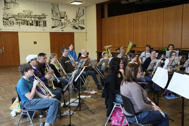 Eine Orchesterprobe beim modernen Blasorchester Kurpfalz.