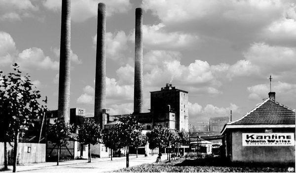 OR: Oppau um 1920 Zum-Oppauer-Werk (BASF Tor 12)