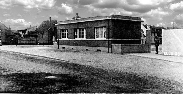 OR: Oppau vor 1965 Karolinen-Str. Wiegehaus im Sandloch