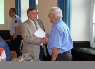 Ortsbeirat Oppau vereidigt FDP Horst Wissing, Pfingstweide.