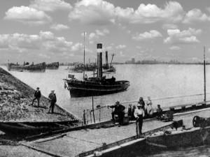 Oppau Fähre zur Friesenheimer Insel. Ihr Betrieb wurde am 6. Januar 1911 eingestellt.