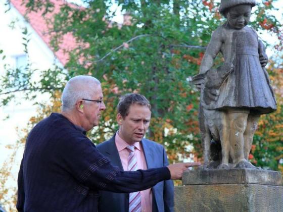 Martin Hebich, Frankenthaler Bürgermeister, im Gespräch mit Manfred Götz.