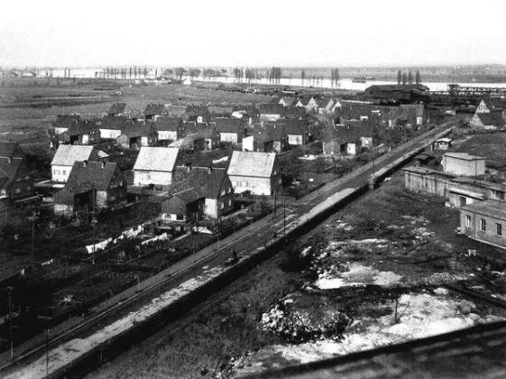 RS: Rheinsiedlung Oppau 1934 Oben: Rhein und Gaststätte Banzhaf