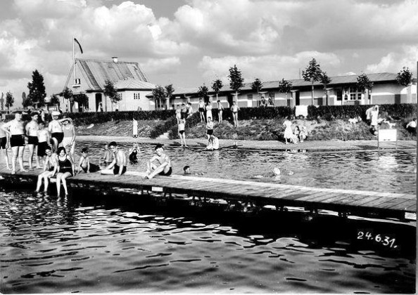 SB: Oppau 24.6.1931 Willersinn-Strandbad. Inbetriebnahme 1927.