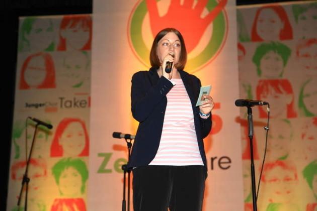 Moderatorin Sandra Karch