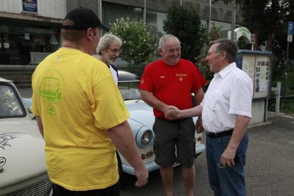 Drei Freunde mit drei Trabbies auf dem Weg nach BLS