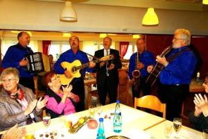 Die 'Pälzer Krischer' gratulieren musikalisch