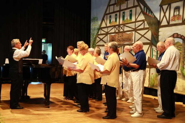 GV Thalia Harmonie Edigheim, Leitung Gerhard Egersdörfer, Klavier Jochen Weber