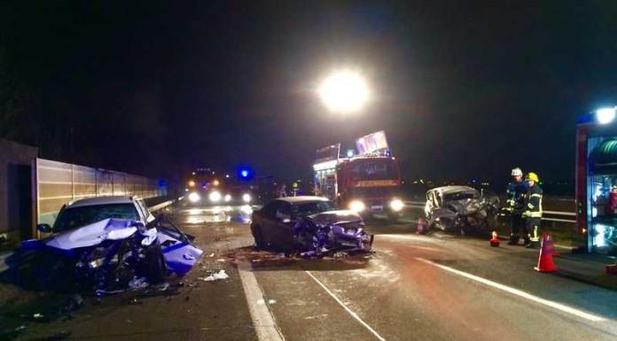 Unfall A6 mit Geisterfahrer