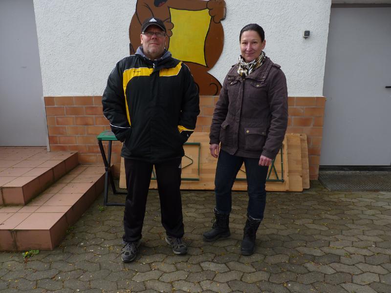 Zwei Übungsleiter des Vereins. Man freut sich immer auf neue Mitglieder. Ralf Kaltenbacher und Christine Kullmann