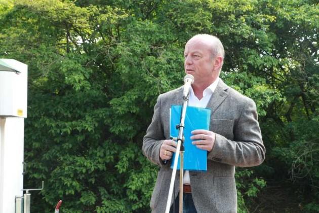 Tom Röhr begrüßt die Kerwebesucher. 2016 - Archivbild