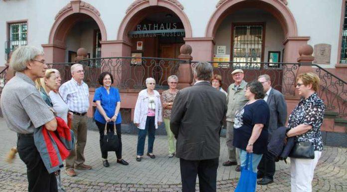 Teilnehmer bei 'Ortsvorsteher zeigt Oppau'