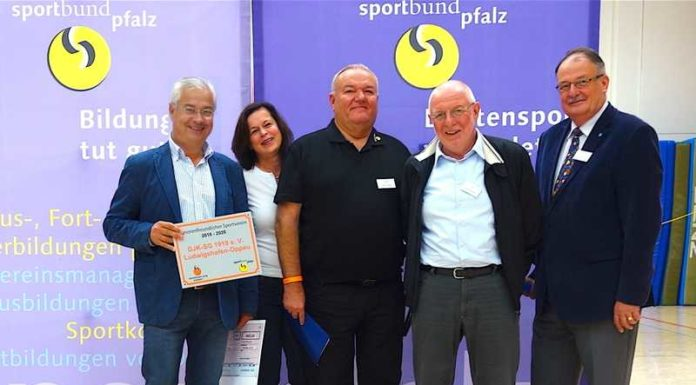 DJK-Oppau erhält Auszeichnung vom Sportbund Pfalz