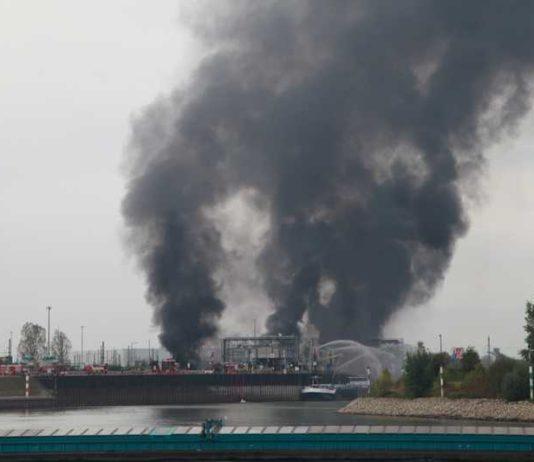 Explosion und Brand im Landeshafen 17.10. 2016