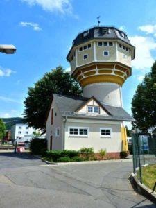 """Ausstellung """"Warten auf den Wind"""" im alten Wasserturm von Weinheim 26.3.2011 bis 5.6.2011. Der Modellbauer Günter Dörner zeigt Schiffsgeschichte vom Einbaum zur Fregatte."""