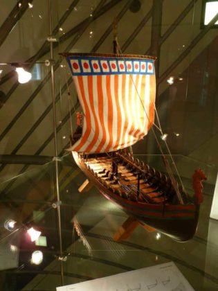 """Das Normannenschiff """"Mora"""" um 1066."""