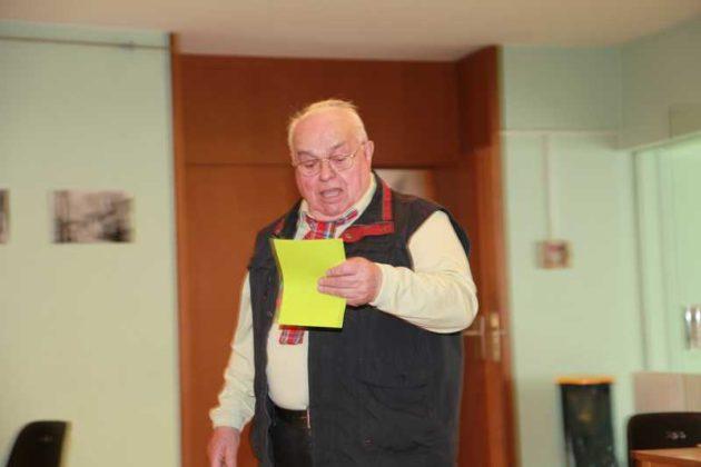 Herr Jung, Lu-Kompakt, Senioren-Chor.