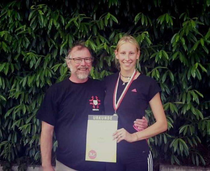Justine Weiß und Trainer Rainer Süß, der sie bereits seit dem 9. Lebensjahr trainiert