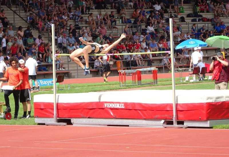 Justine Weiß, Sprung über 1,81m. 2. Platz Deutsche Juniorenmeisterschaften U23