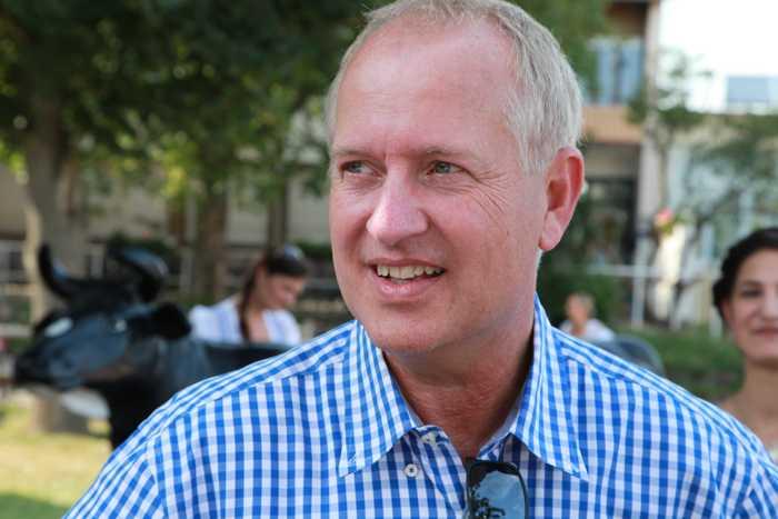 Dr. Peter Uebel zu Besuch bei derTakeFour-Wies'n-Gaudi.