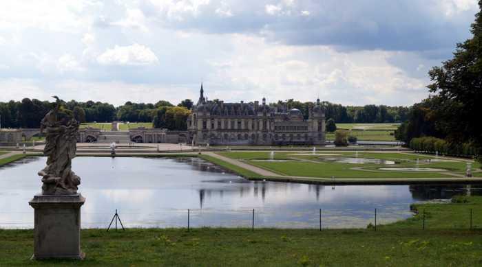 Schloss und Park Chantilly