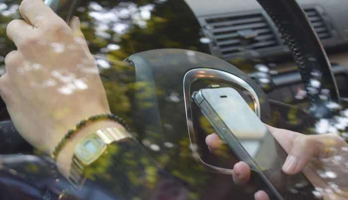 Ablenkung im Straßenverkehr erhöht das Unfallrisiko