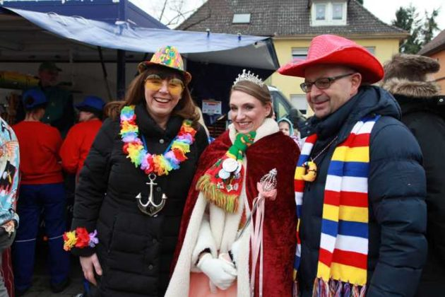 OB Jutta Steinruck, KOD-Prinzessin Corinna I. und Abgeordneter Dieter Feidt.