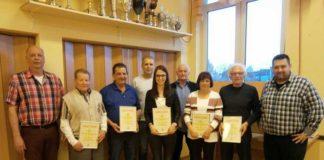 Die Jubilare (von links): 2. Vorsitzender Heiner Daubermann, Dieter Wingerter, Udo Kraus, Udo Steinmann, Sina Daubermann, Gerd Braun, Gudrun Daubermann, Werner Hüter, 1. Vorsitzender Christian Hettinger