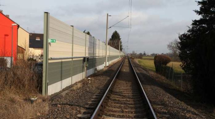 "Bahnübergang ""Im Zinkig"". Symbolbild. Foto Oppau.Info"