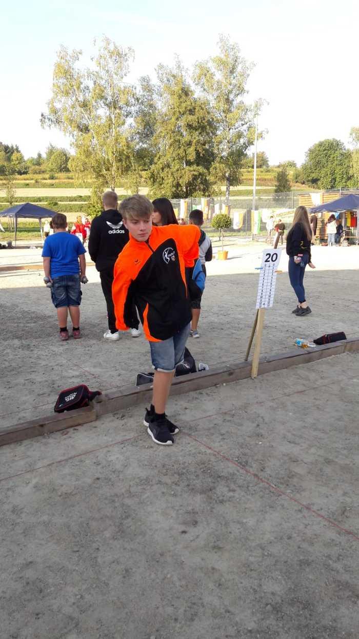 Valentin, VfSK Oppau, spielt in der Altersklasse Espoirs für das Saarland. Mit seiner Mannschaft hat er das A- Turnier erreicht.