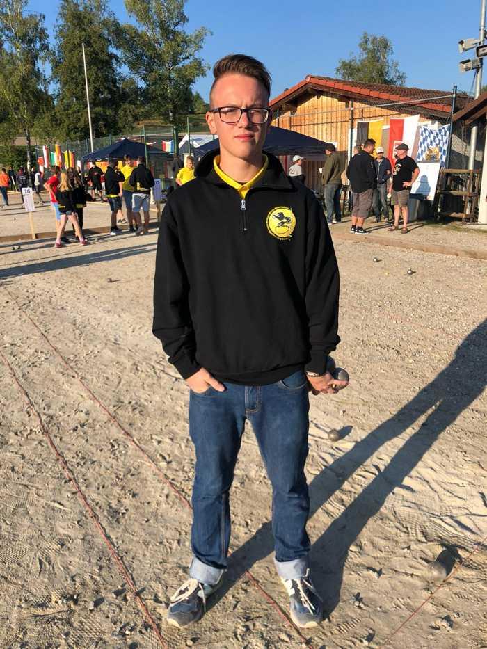 Ruben, Mitglied des VfSK spielt in der Altersklasse Espoirs für Ba-Wü. Die Mannschaft tritt heute im A-Turnier an.